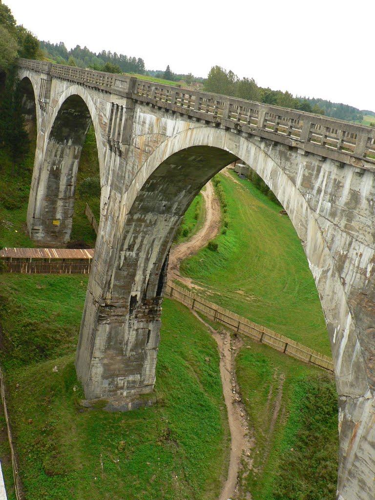 wiadukty-kolejowe-w-stanczykach